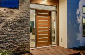 2811 Crest front door 2