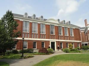 Schlesinger_Library_-_Radcliffe_Yard,_Harvard_University,_Cambridge,_Massachusetts,_USA_-_DSC04489